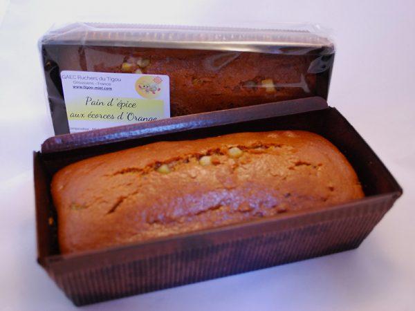 pain d'épice aux écorces d'orange de 300g, dans son moule cartonné