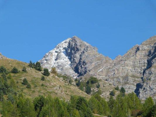 Photo d'un paysage du Parc des Ecrins dans les Alpes françaises, lieu où se trouvent les ruchers de Villard'Or.